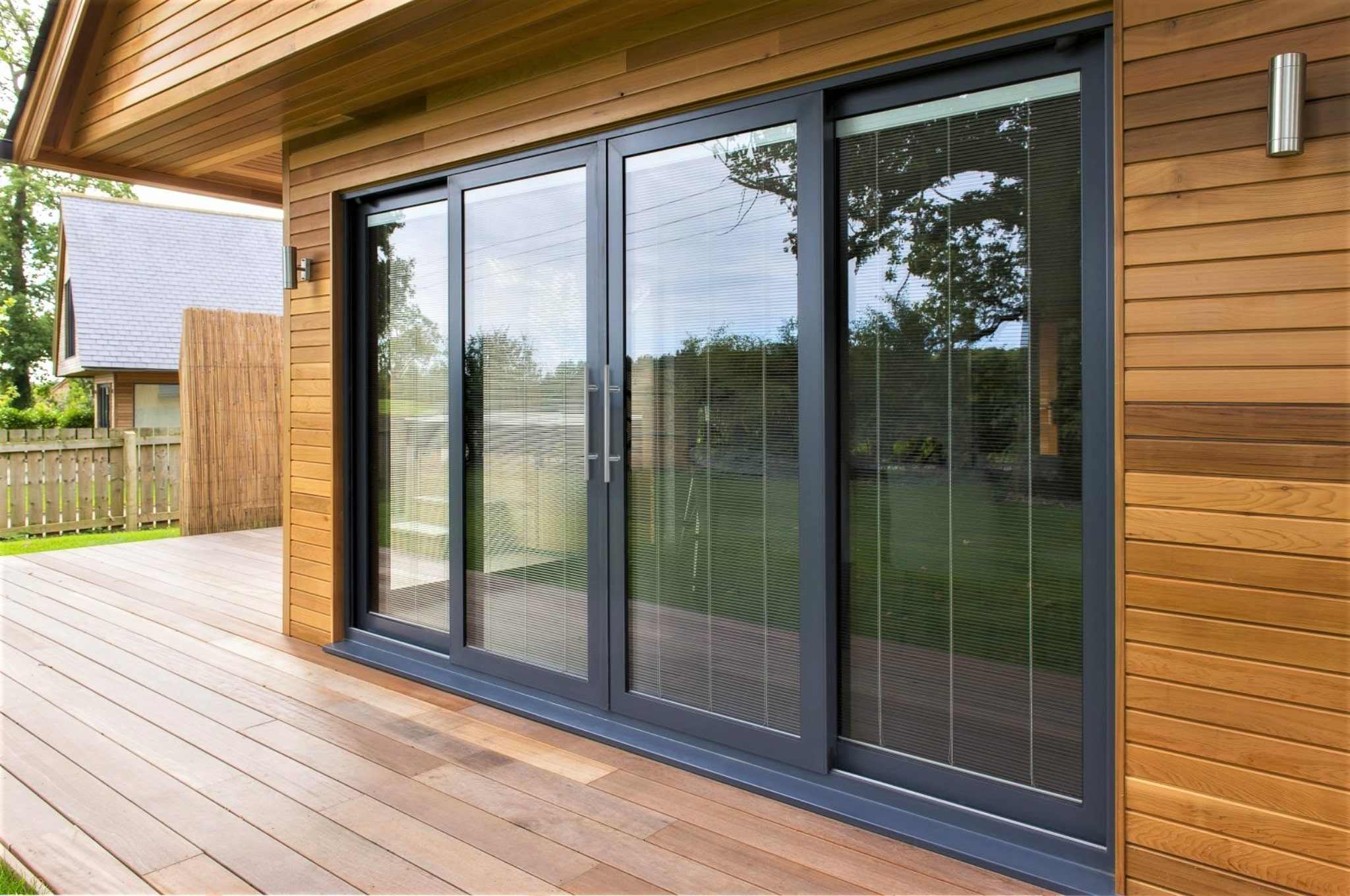 Contemporary and Robust types of Aluminium Doors